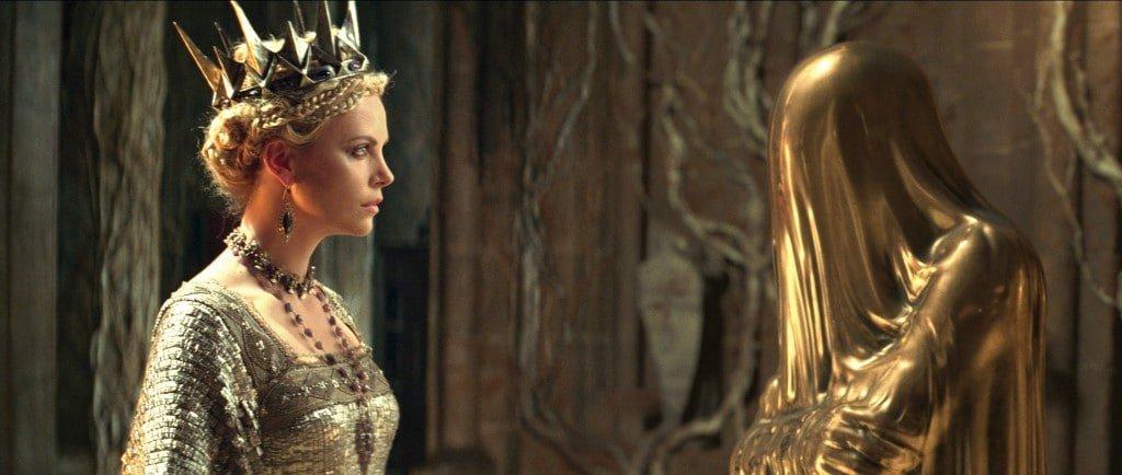 Blanche Neige et le Chasseur - La Reine - Miroir