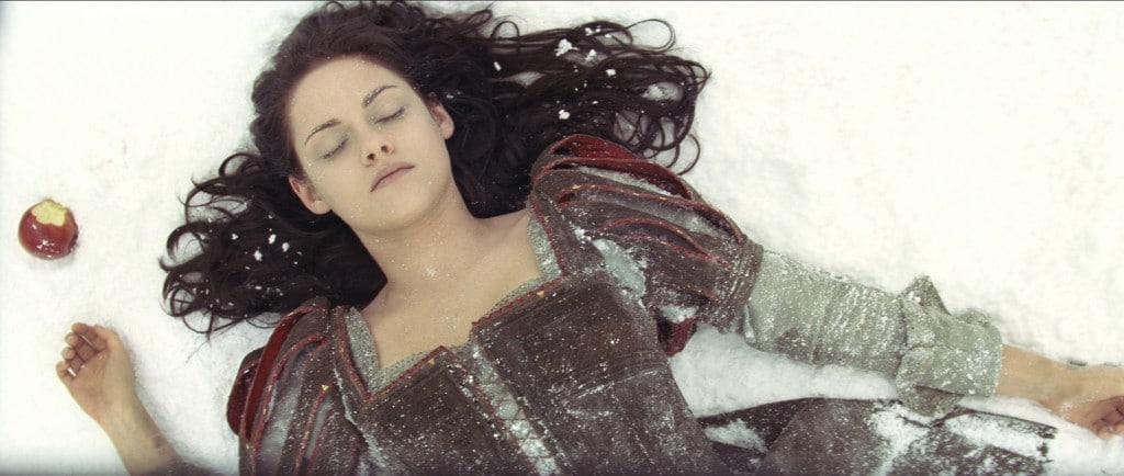 Blanche Neige et le Chasseur - Blanche Neige endormie