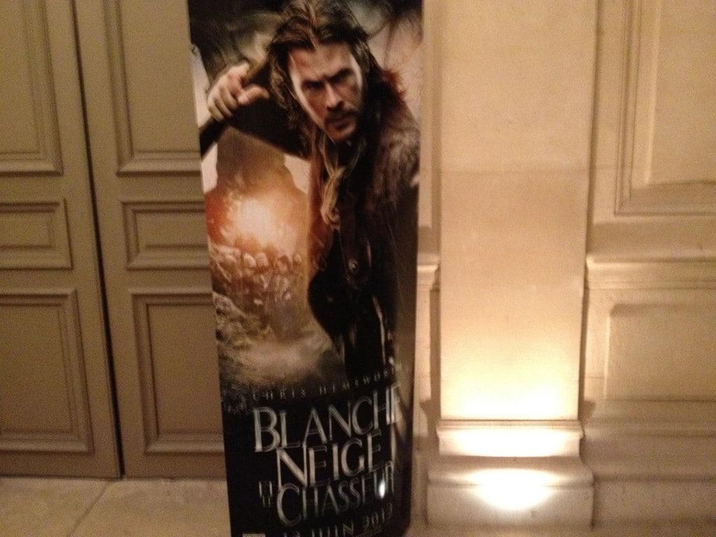 Affiche Blanche Neige et le Chasseur - Chris Hemsworth