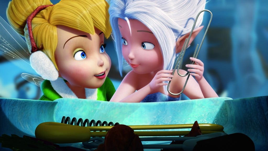 Secret Of The Wings..L to R: Tinkerbell & Periwinkle..© 2012 Disney