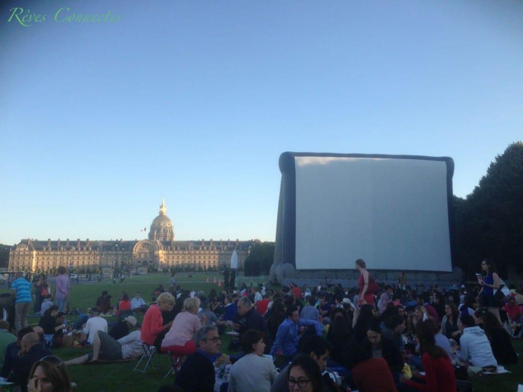 Cinema-au-Clair-de-Lune-Paris-Invalides-Un-Monstre-a-Paris-9567