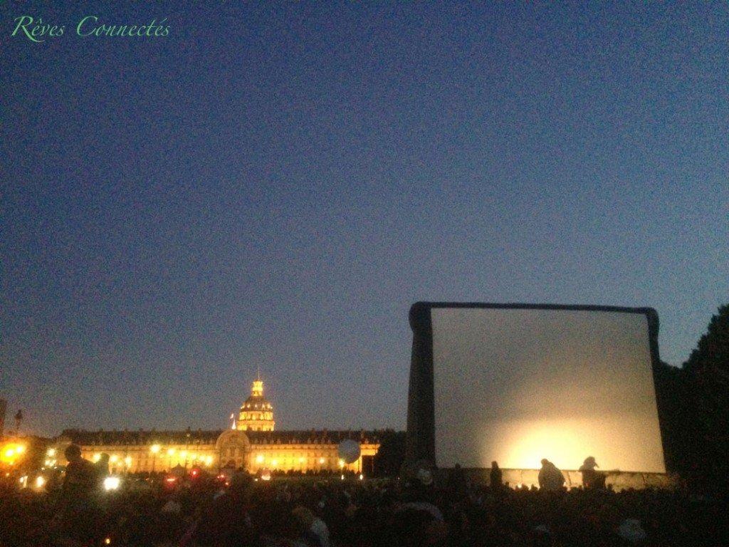 Cinema-au-Clair-de-Lune-Paris-Invalides-Un-Monstre-a-Paris-9576