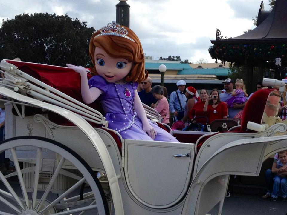 Sofia-the-first-character-meet-greet-disney