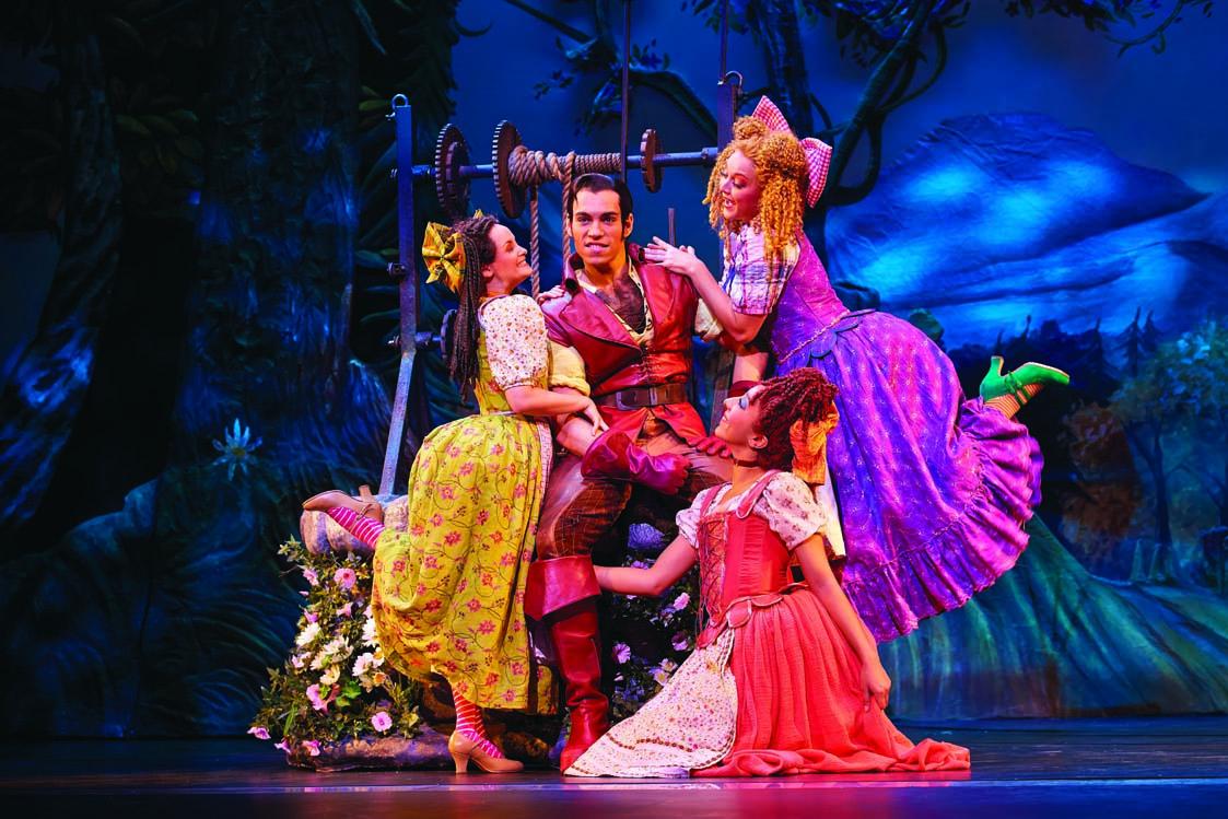6 - Gaston Photo Brinkhoff Migenburg Disney