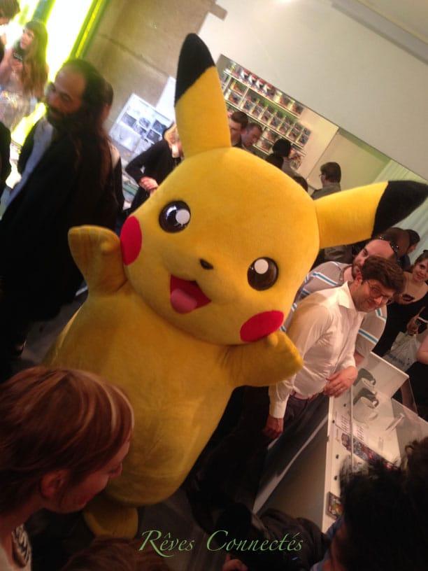Vernissage-Pokemon-Center-Pikachu-6700