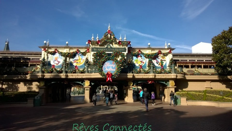 Noel 2014 Disneyland Paris Reine des Neiges Merida Rebelle_20141111_004