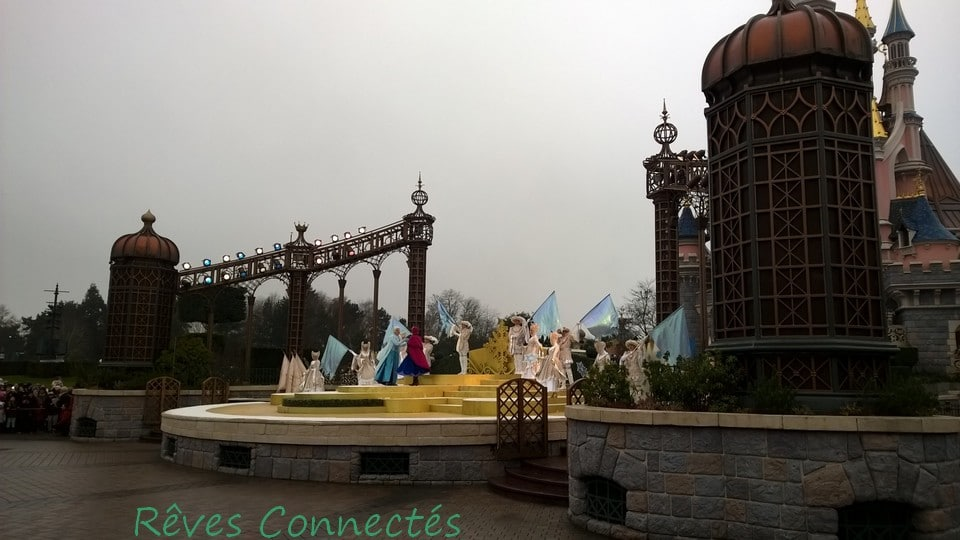 Noel 2014 Disneyland Paris Reine des Neiges Merida Rebelle_20150102_053