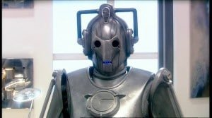 Chronique d'un anniversaire sous le signe de Doctor Who, après avoir vu en famille les 8 saisons de la nouvelle série. The Majestic Tale (Of a Madman in a Box). 19