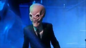 Chronique d'un anniversaire sous le signe de Doctor Who, après avoir vu en famille les 8 saisons de la nouvelle série. The Majestic Tale (Of a Madman in a Box). 23
