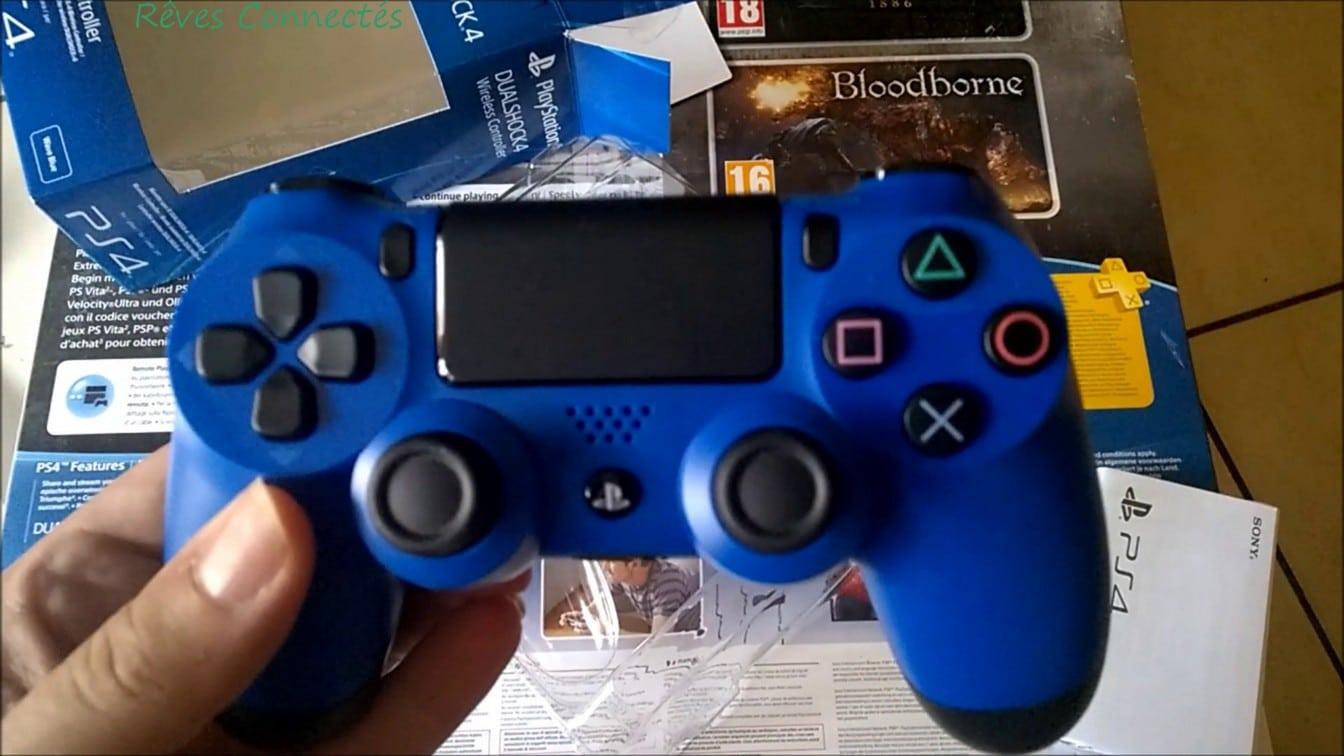Playstation 4 DualShock 4 Bleue vlcsnap-2015-07-05-11h26m47s320