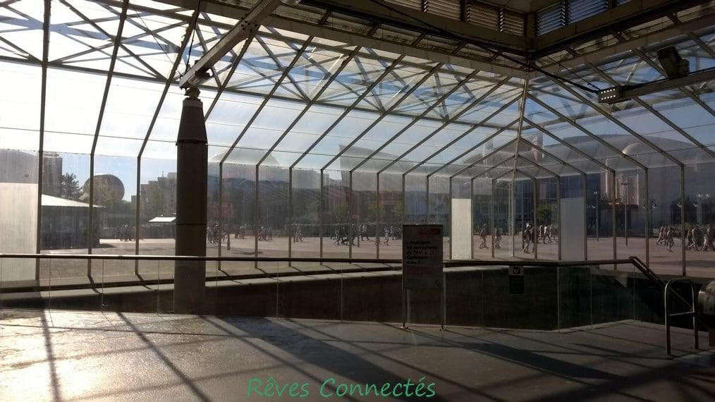 Gare de Marne La Vallee Disneyland Paris TGV Oui Go WP_20150803_005