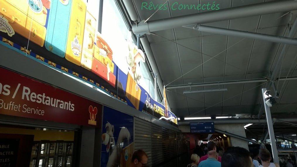 Gare de Marne La Vallee Disneyland Paris TGV Oui Go WP_20150803_014