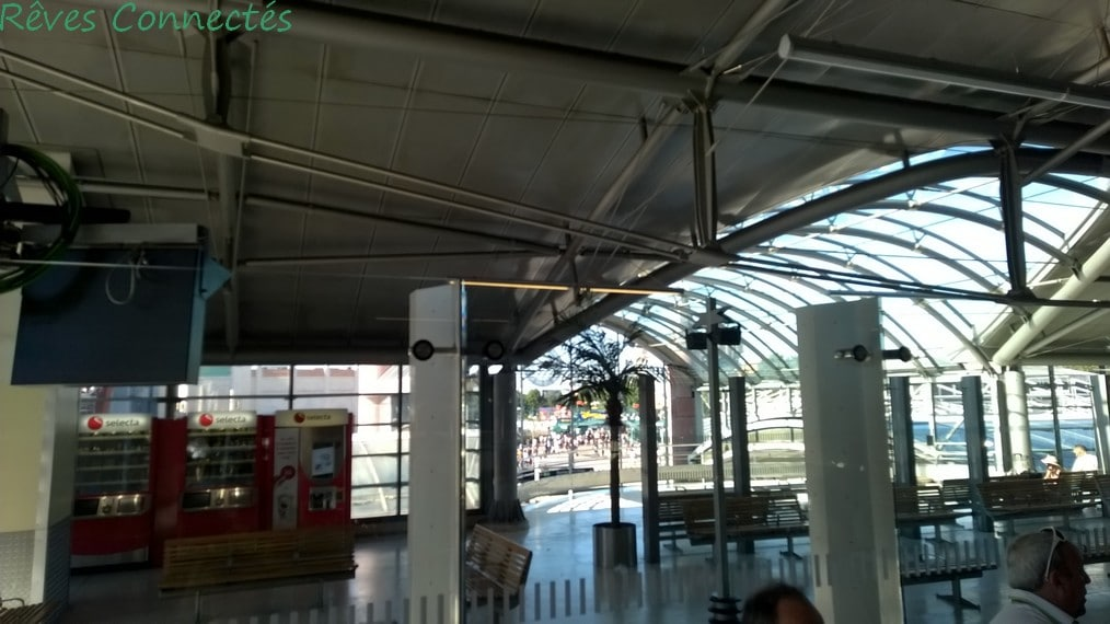 Gare de Marne La Vallee Disneyland Paris TGV Oui Go WP_20150803_021