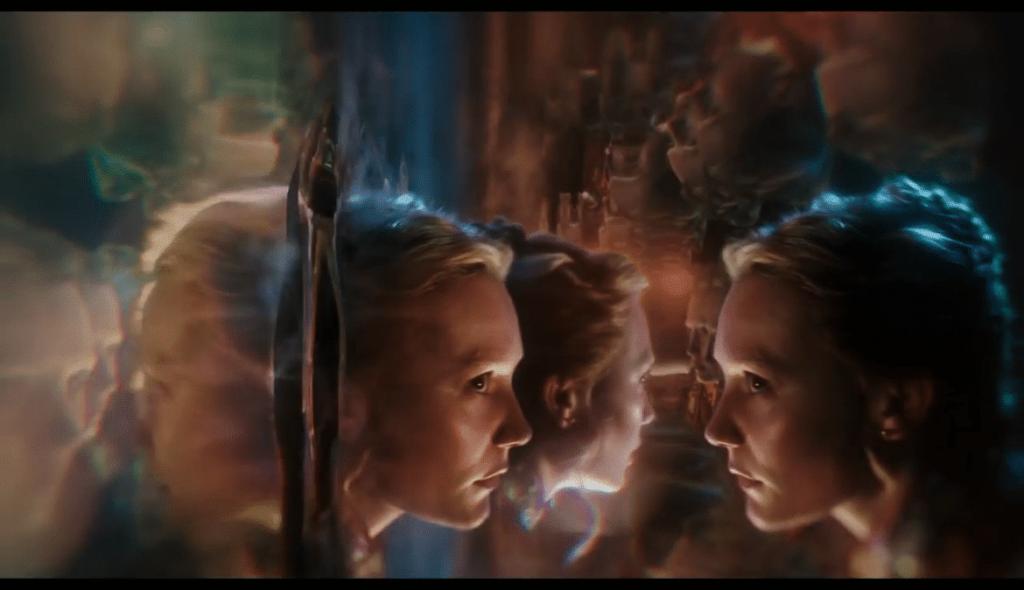 Alice de l autre cote du miroir vlcsnap-2016-05-27-12h27m41s457