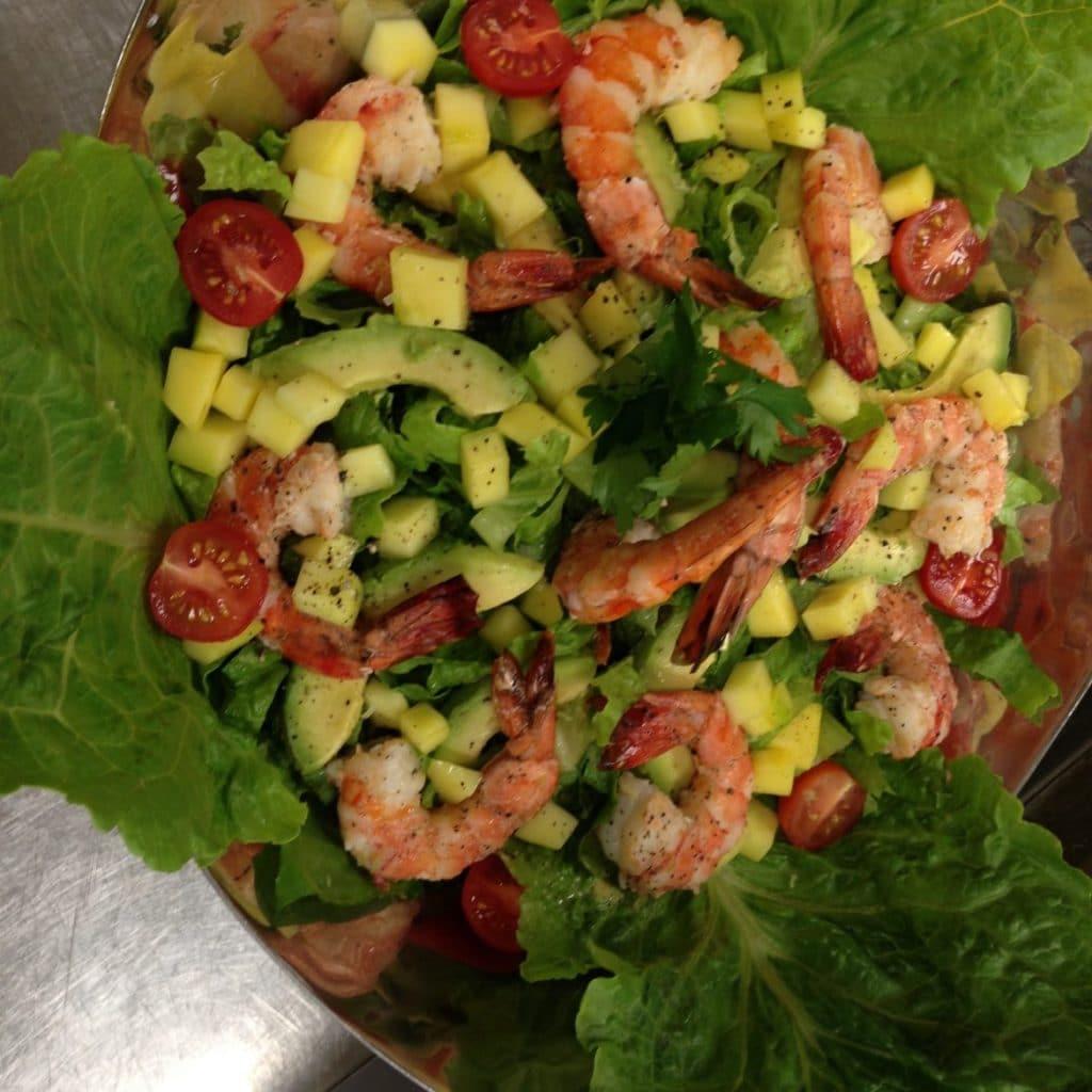Salade Verte - Crevettes - Avocats - Mangue - Tomates