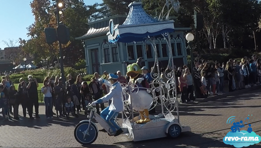 revo-rama-disneyland-paris-halloween-2017-Val-d-Europe-Centre-Commercial-Micromania-Apple-Pandora-Residhome-2017