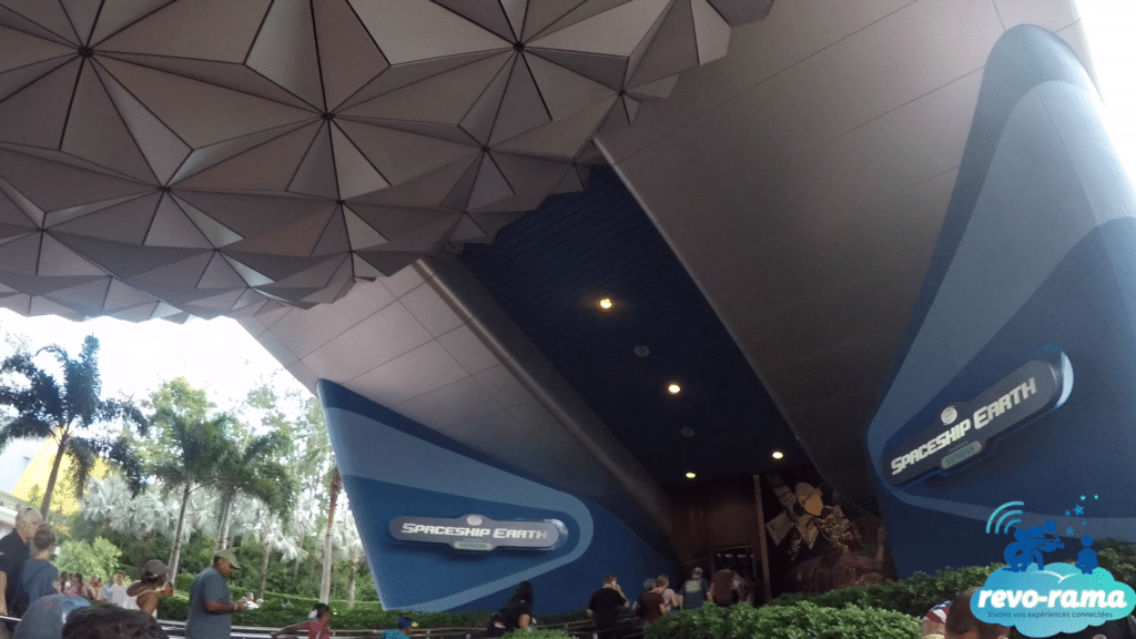 revorama-epcot-walt-disney-world-soarin-frozen-ever-after-future-world-showcase-2018