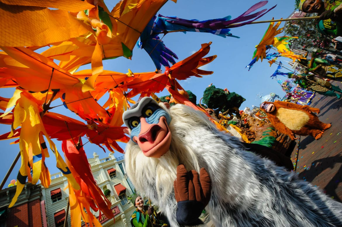 disneyland-paris-le-roi-lion-rafiki